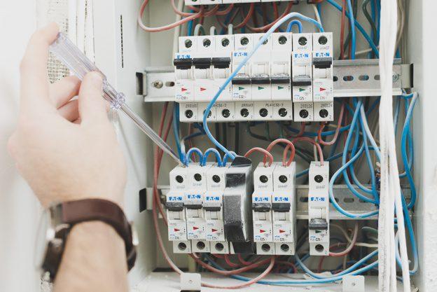 تاسیسات برق ساختمان
